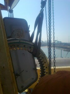 CRANE SLEWING RING REPLACEMENT
